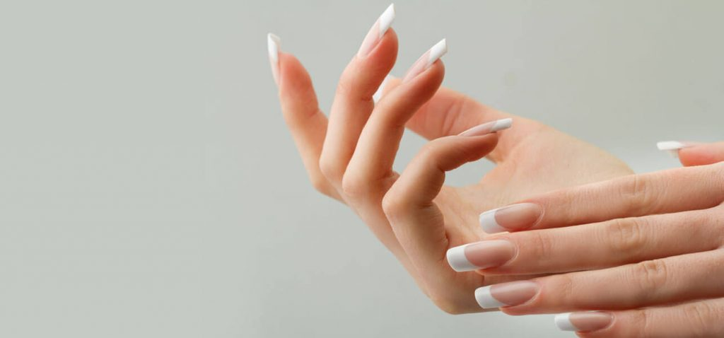 How-To-Whiten-Your-Nails1
