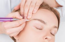 Proper eyebrow care – oil, serum or home remedies?